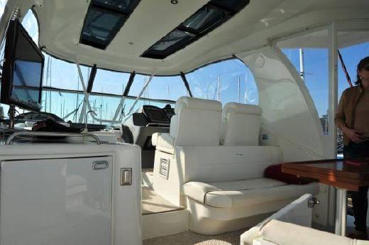 2008 Cruisers Yachts 455 Express Motor Yacht