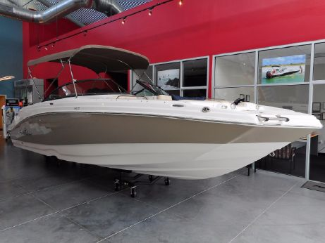 2017 Nauticstar 243DC Sport Deck
