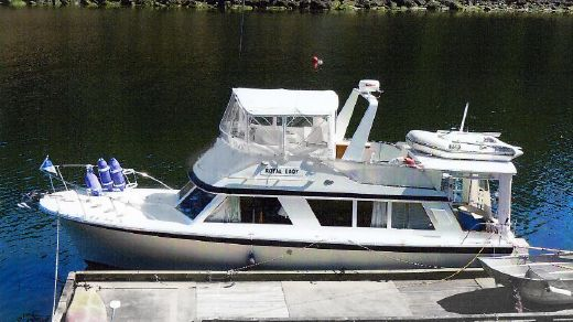 1967 Canoe Cove 36 Flybridge