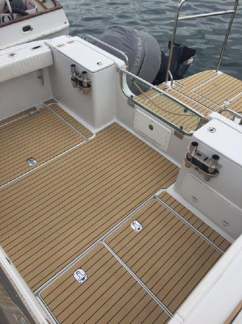 Glacier Bay 3080 Powercat Deck