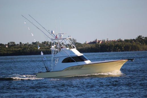 2009 Calyber 35 Sportfish Custom Carolina