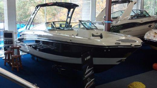 2013 Monterey M5 Sport Boat