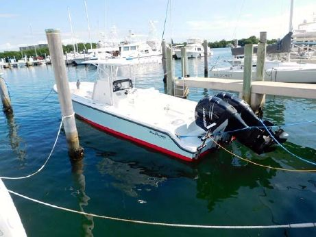 2006 Sea Hunter 35 Center Console