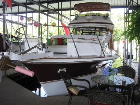 1980 Trojan Flybridge MY
