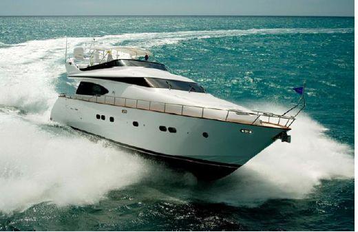 2006 Fipa Italiana Yachts Maiora 20s