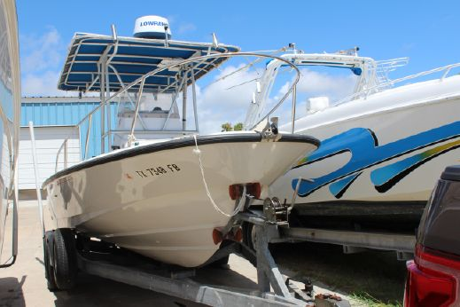 1996 Boston Whaler 21 Outrage