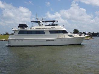 thumbnail photo 0: 1988 Hatteras 70 Motor Yacht