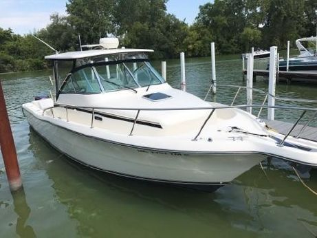 2001 Pursuit 3070 Offshore Center Console