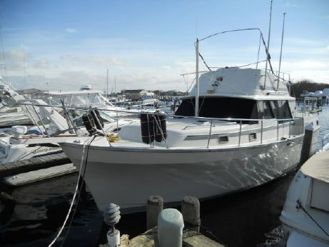 1985 Mainship 36 Double Cabin
