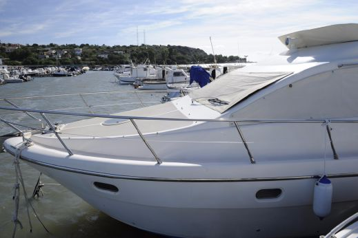 2005 Intermare 37 Fly
