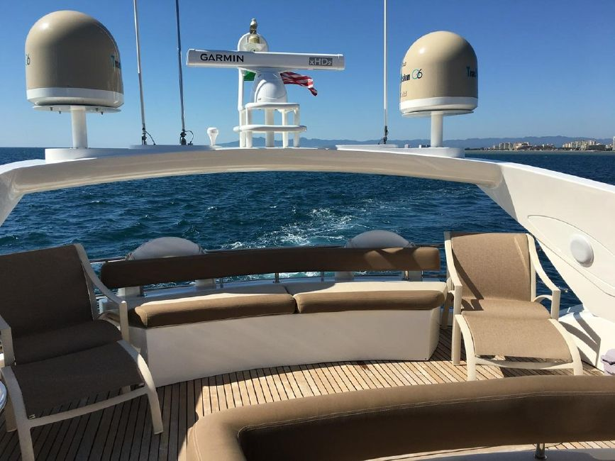 Sunseeker 82 Yacht Flyrbridge