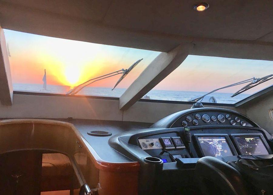 Sunseeker 82 Yacht Helm Electronics