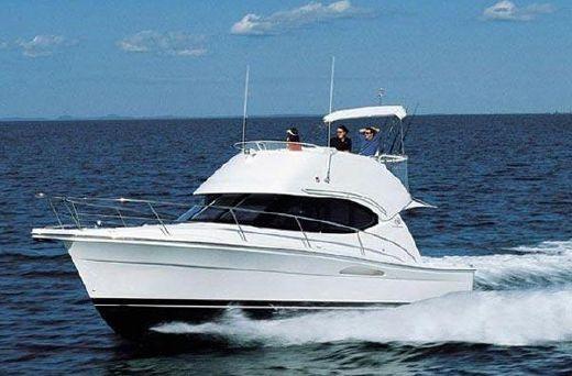 2005 Riviera 33 Flybridge