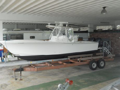 2014 Regulator 34 Center Console