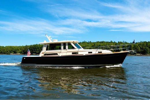 2011 Sabre Yachts 40 Salon Express