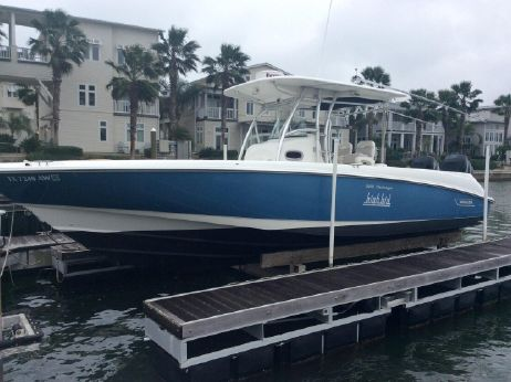 2008 Boston Whaler 320 Outrage CC