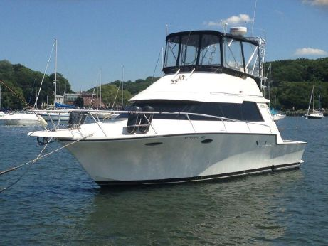 1992 Luhrs 3420 Motor Yacht