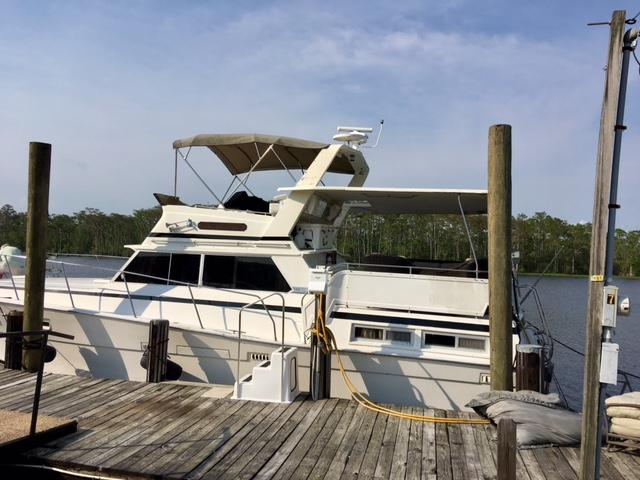 Exceptional 1980 Viking Double Cabin Cruiser Power Boat For Sale   Www.yachtworld.com