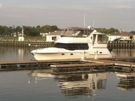 2002 Carver Yachts 406