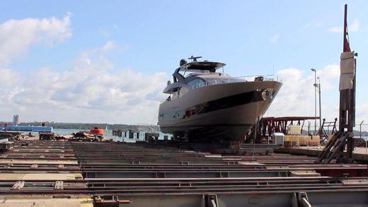2013 Sunseeker 28 Metre Yacht