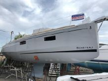 2019 Beneteau Oceanis 38.1-IN STOCK READY FOR SPRING!