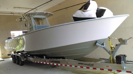 2015 Contender 39 Center Console