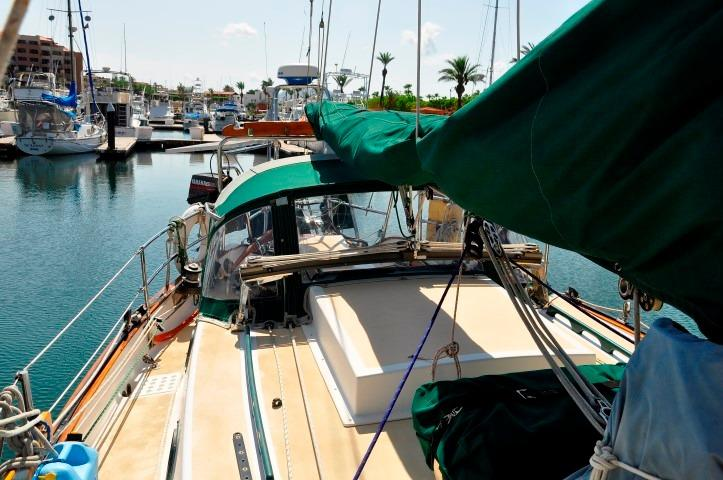 32' Westsail Cutter+Photo 19