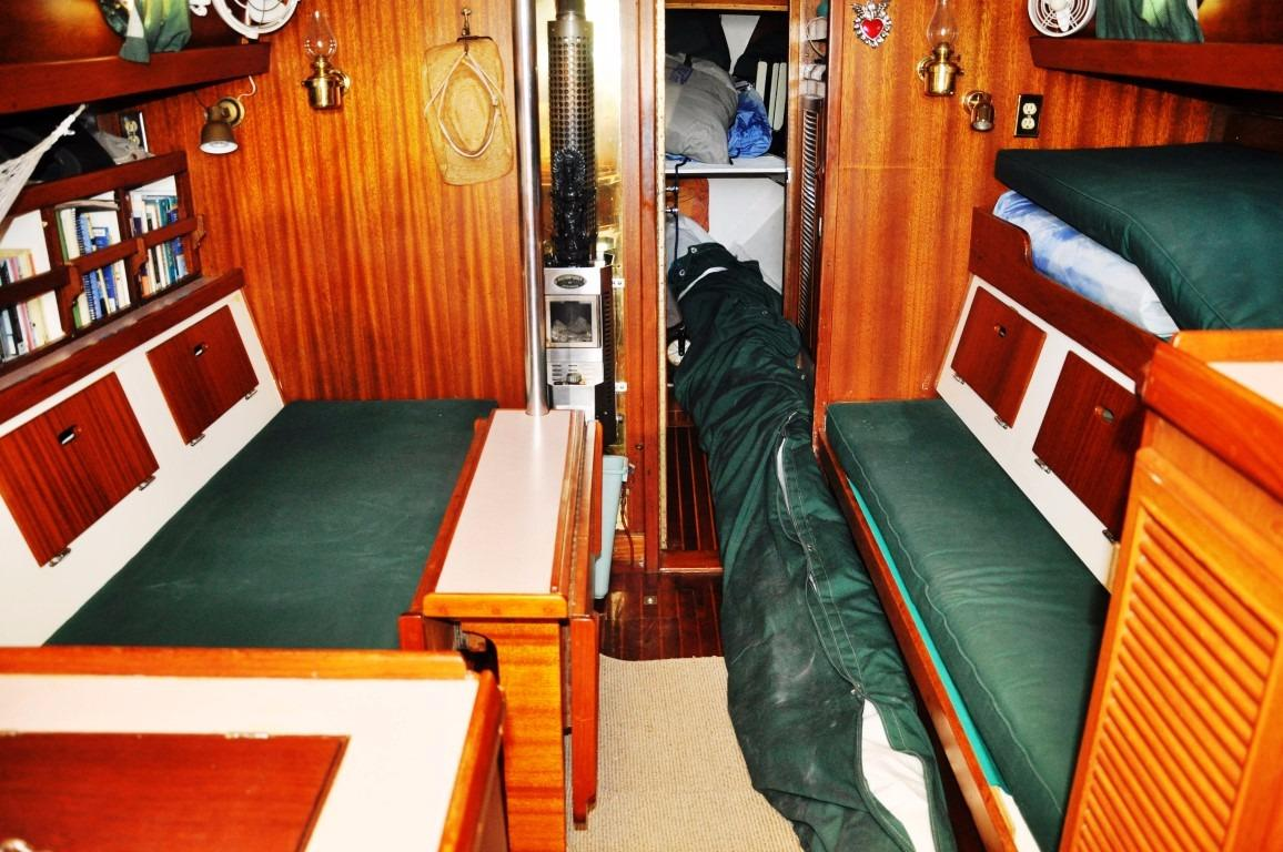 32' Westsail Cutter+Photo 24