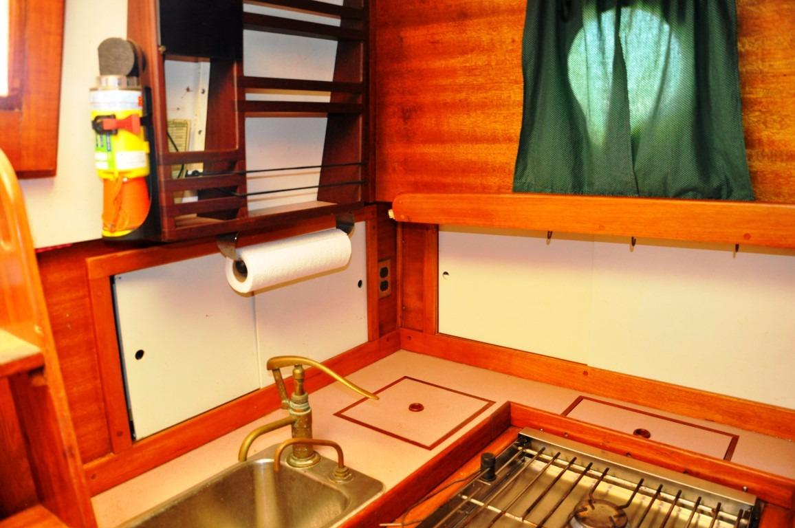 32' Westsail Cutter+Photo 27