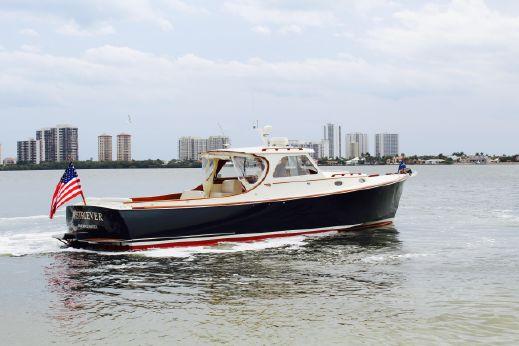2001 Hinckley Picnic Boat Classic