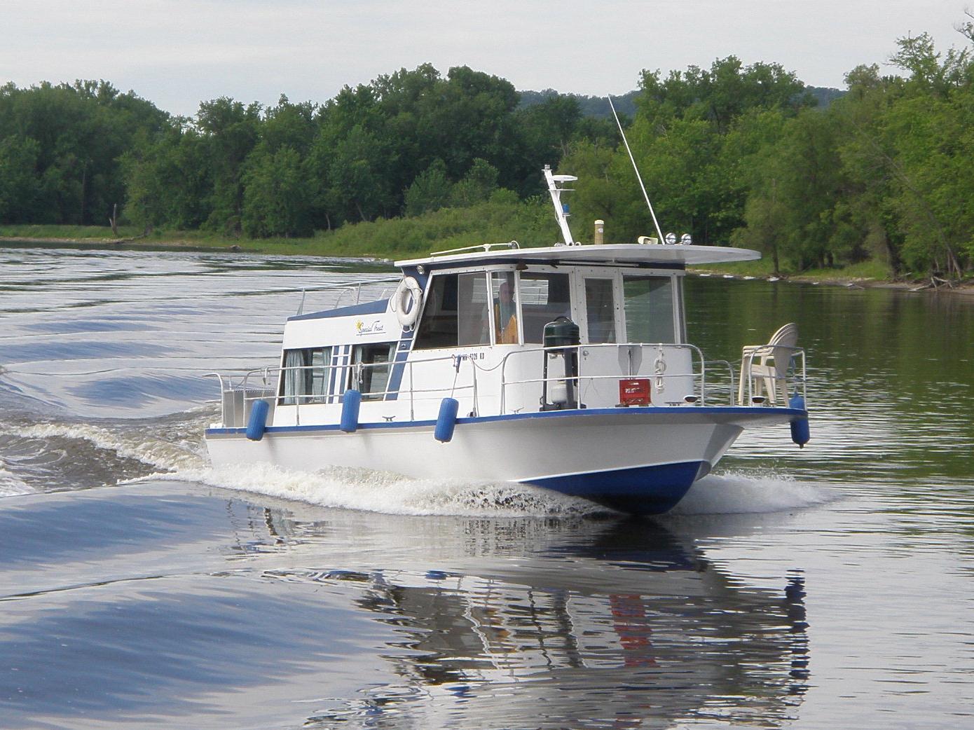 34 ft 1967 marinette houseboat