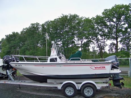 1996 Boston Whaler Outrage 19