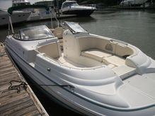 1999 Chris Craft 260 deckboat