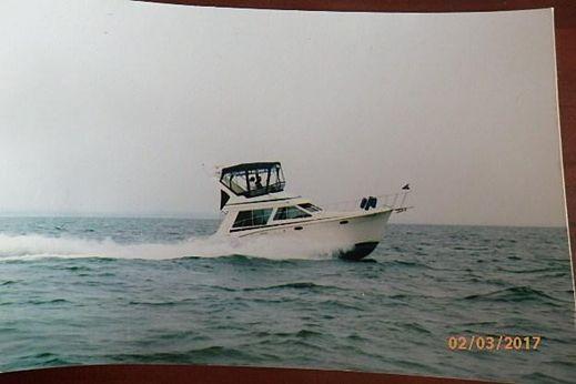 1988 Tollycraft 34 Sedan