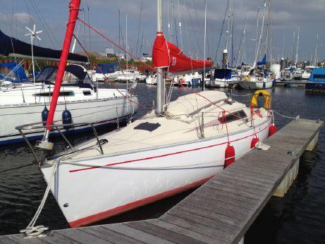 1985 Beneteau First 24