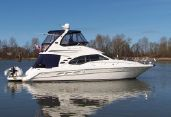 photo of 45' Sea Ray 420 Sedan Bridge