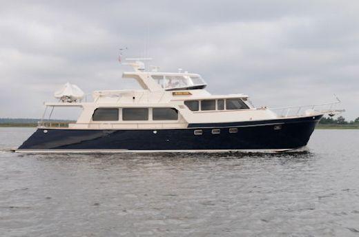 2007 Marlow Explorer 70E