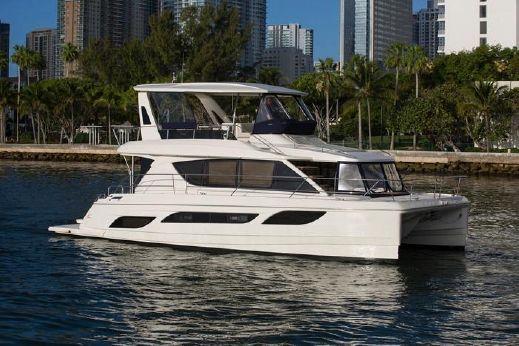 2018 Aquila 48 - Version 4 cabines