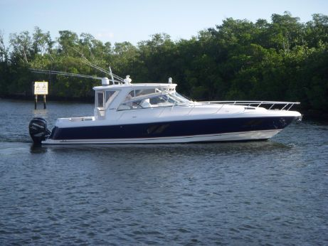 2013 Intrepid 475 Sport Yacht