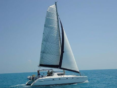 2000 Fountaine Pajot Belize 43