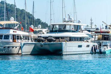2016 Lagoon 630 Motor Yacht