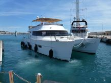 2012 Fountaine Pajot Motor Yachts Queensland 55