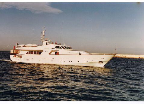 1983 Crn Motor Yacht