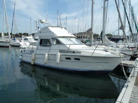 1989 Gibert Marine JAMAICA 30 Fly Bridge