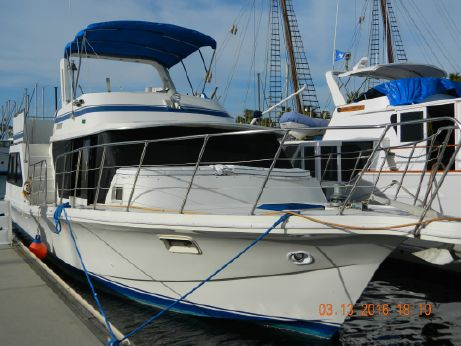 1985 Bluewater Yachts 42 Coaster Cruiser