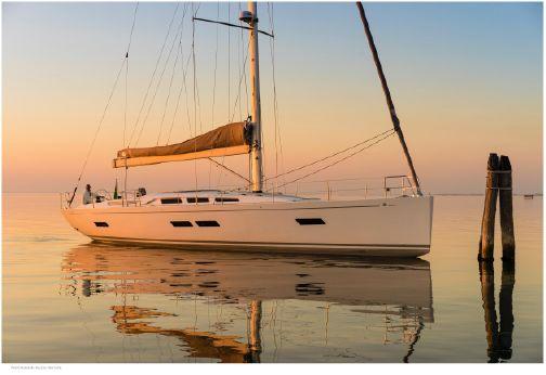 2015 Italia Yachts Italia 15.98