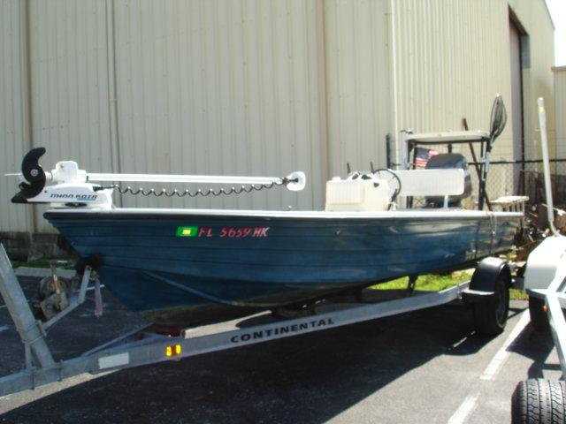 19 ft 1996 hewes 19 redfisher