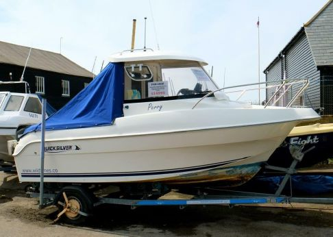 2010 Quicksilver 500 Pilothouse