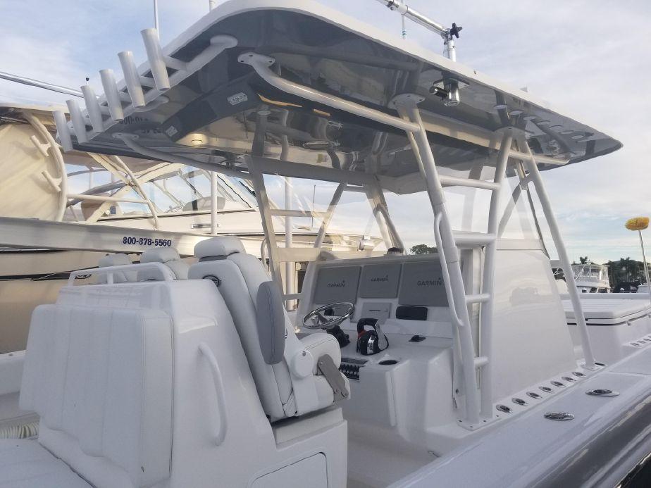 2019 Invincible 40 Catamaran Motor Boot te koop - nl