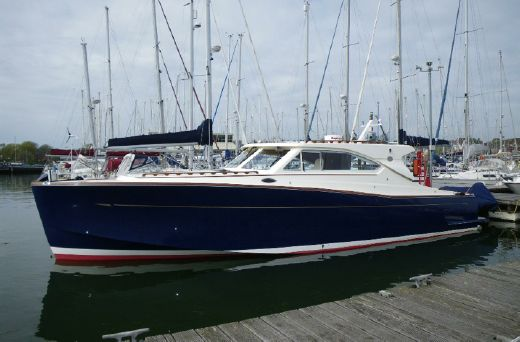 2007 Oyster LD43